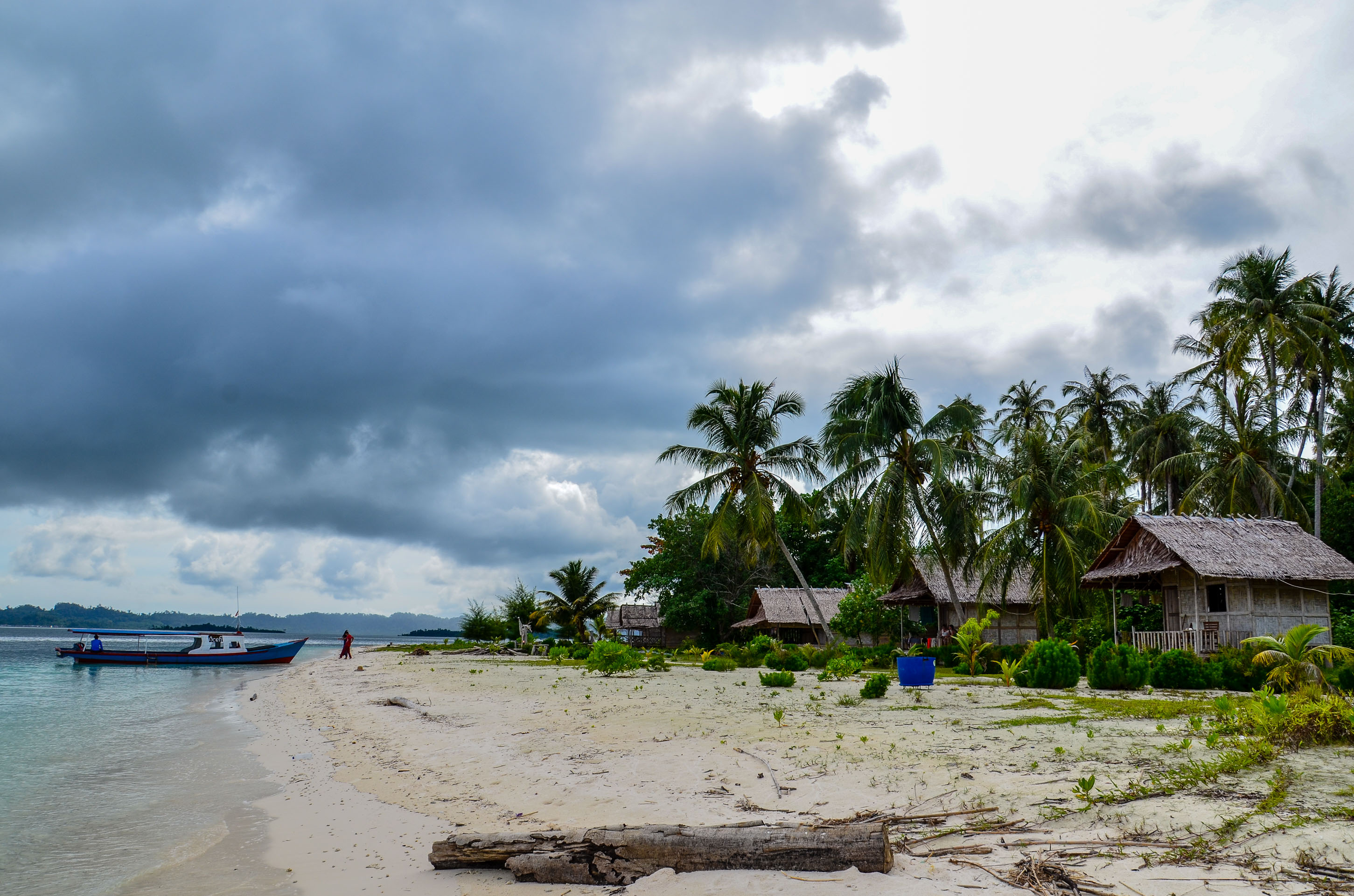 Domki The Coral na wyspie Sikandang. Wyspy Banyak, Indonezja