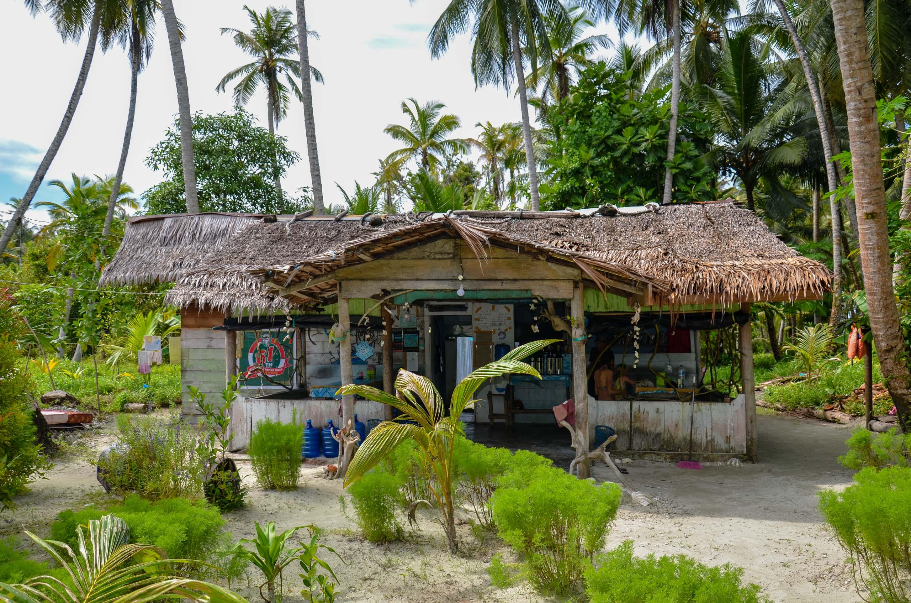 Zakwaterowanie na wyspie Tailana. Wyspy Banyak, Indonezja