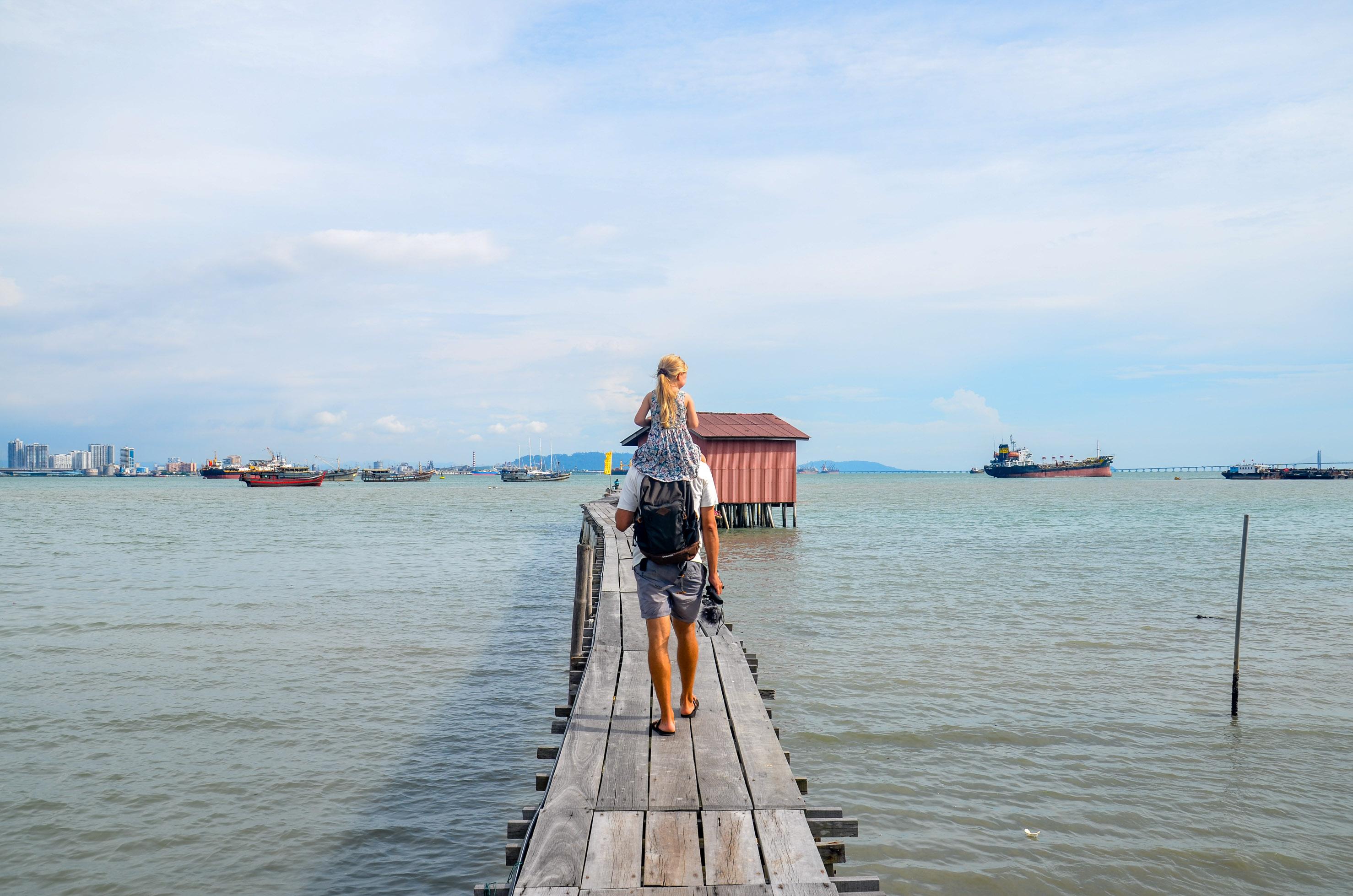Chińska dzielnica na wodzie. Penang, Malezja.