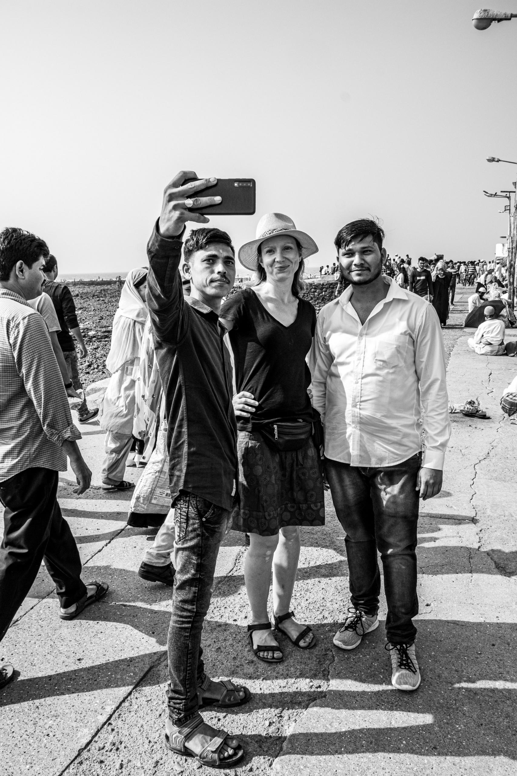 Przepraszam, czy możemy zrobić sobie wspólnej zdjęcie? | Haji Ali Dargah |Mumbaj | Indie